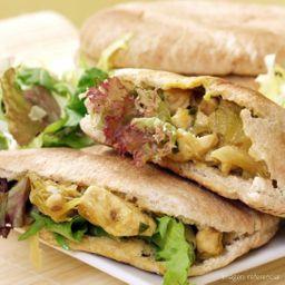 Sandwich de Pollo con Apio