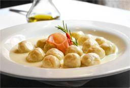 Gnocchis con Champiñones y Tocineta Crocante