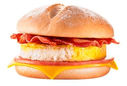 Jamón, queso, huevo y tocino