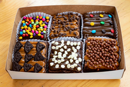 Caja x 6 Brownie Decorados