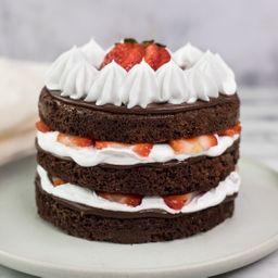 Torta Brownie de Fresas, Crema y Fudge