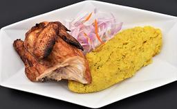 Pollo al cilindro con tacu tacu de pallares