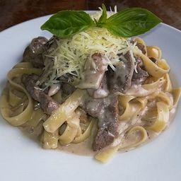 Fettuccini Strogonoff