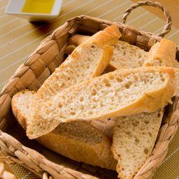 Barra de pan recién horneado