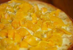 Pizza Dulce Suprema Familiar + pan al ajo + gaseosa de 1 litro