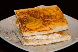 Sándwich de Pollo con Durazno