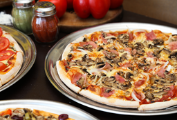 D´nnos Pizza