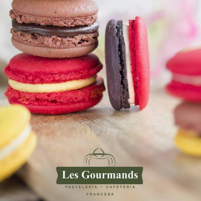 Logo Les Gourmands Pastelería Francesa