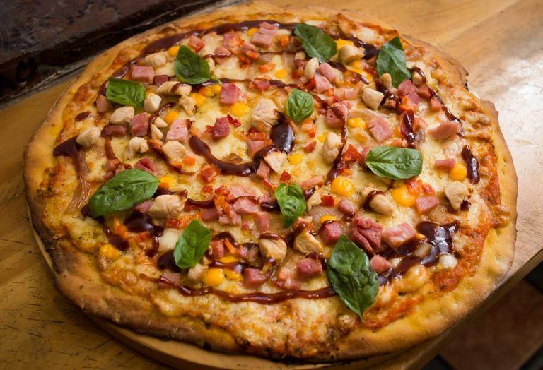 Logo Macata's Pizza